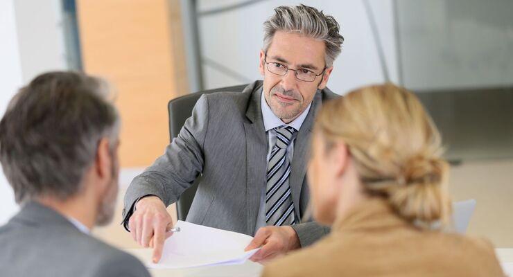 Business Gepräch Büro Geschäftsleute Beratung