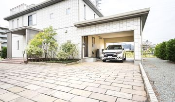Dendo Haus, Tokio, V2H, V2G, Vehicle to Grid, Vehicle to Home, Mitsubishi, Outlander Plug-in Hybrid, Kabel, Ladestation