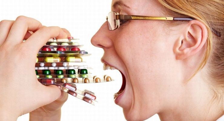 Frau, Pillen, Medikamente, Heuschnupfen, Sucht, Krankheit