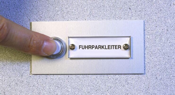 Fuhrparkleiter, Klingel