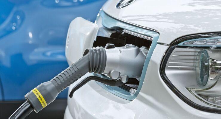Kia Soul EV E-Auto Elektroauto laden Stecker