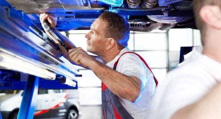 Mechaniker, Reparatur