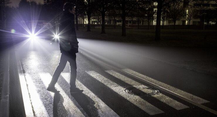 "Mercedes ""Digital Light"