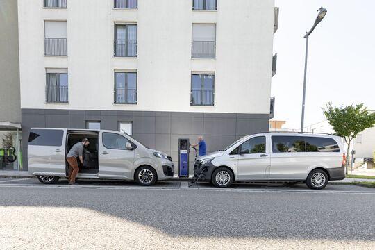 Mercedes e-Vito Tourer 2020 Opel Zafira-e Life 2020