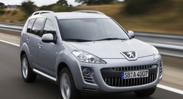 Peugeot 4007 mit DCS-Getriebe