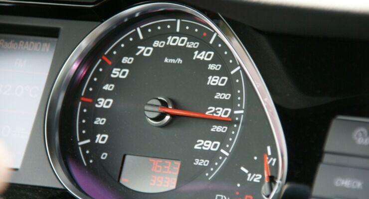 Tacho, Tempo, 200, Geschwindigkeit, Raser